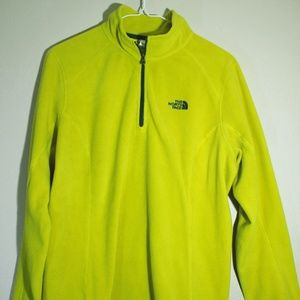 TheNorthFace 1/4 zip pull over Fleece!